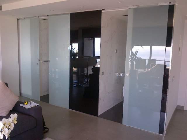 puertas correderas de cristal barcelona